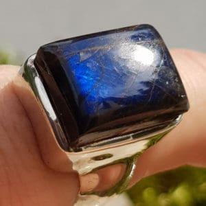 Labradorit Edelstein Ring eckige Form 1,6x1,2cm groß